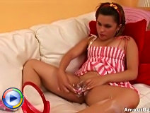 Hot pussy shaving action with a hot young angel who just love her pussy to be smooth
