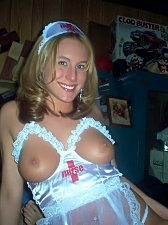Fresh pics of very nice girls nextdoor