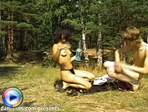 Nature-loving babe gives head to her boyfriend