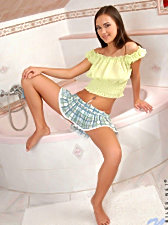Alluring victoriasweet wets her hot body with soap and water and starts drilling her snatch with her toy